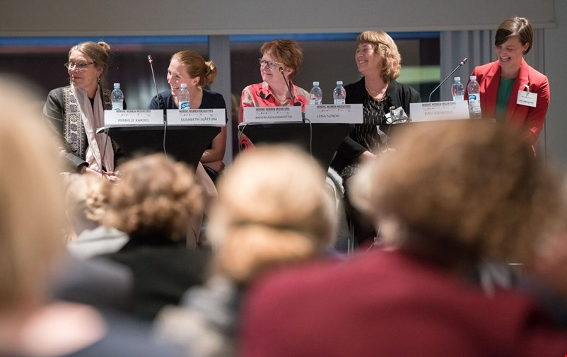 Panel discussion at the Nordic Women Mediators yearly meeting.